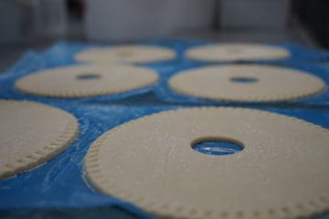 Frozen Shortcrust Lids (Sweet) – Small (8cm)